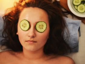 Beauty,skincare,Home Remedies,fruit face mask