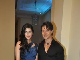 Photos,amrita rao,payal rohatgi,Evelyn Sharma,Tiger Shroff,Andy,Kriti Sanon