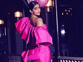 Photos,Sonam Kapoor,Filmfare Awards 2019