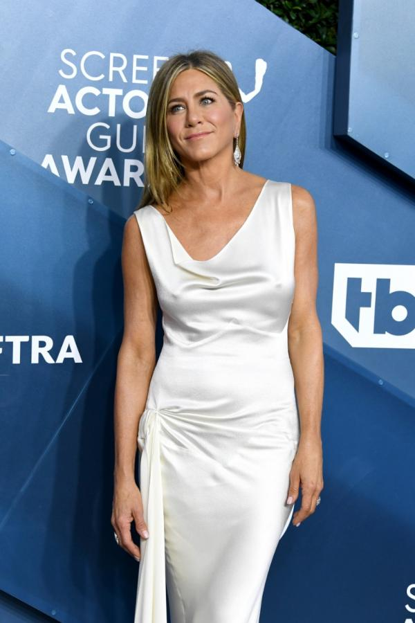 Jennifer Aniston Takes Us Back To The 90S In A Slip Dress At The Sag Awards Before Reuniting With Brad Pitt  Pinkvilla-1124
