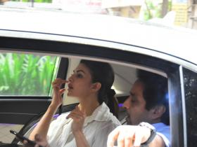 Jacqueline Fernandez gets snapped by the paps post meeting