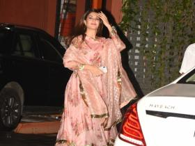 Jacqueline Fernandez snapped at Arpita Khan Sharma's Eid party