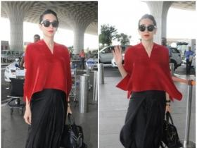 Karisma Kapoor gets snapped at the airport
