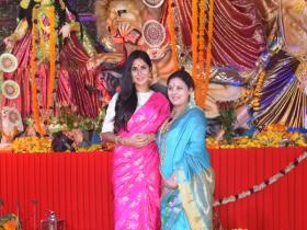 Katrina Kaif looks stunning as she attends Durga Puja in the city