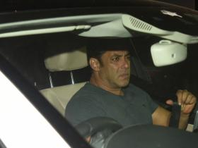 Salman Khan snapped outside Ramesh Taurani's office