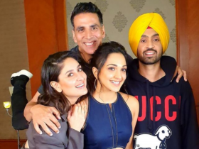 Akshay Kumar shares a great bond with his co stars: PHOTOS of them together that will prove the same