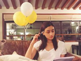 Alia Bhatt's noteworthy collection of books will make every Bibliophile out there envious; Check it out