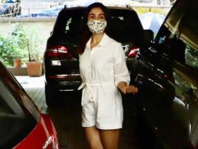 PHOTOS: Alia Bhatt looks like a breath of fresh air as she steps out in a white jumpsuit in the city