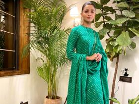 Alia Bhatt & Sabysachi make the best pair; Take a look at times the star donned the label with sheer elegance