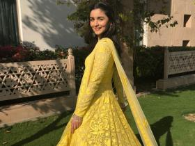 PHOTOS: 7 Times Alia Bhatt sported yellow and proved she is the QUEEN of pulling off the shade