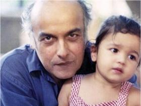 Alia Bhatt's THESE pictures with her father and filmmaker Mahesh Bhatt will win your heart; Check it out