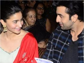 Alia Bhatt and Ranbir Kapoor's UNMISSABLE pictures which are giving us major relationship goals, Check out