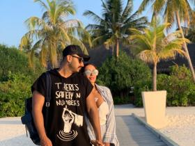 PHOTOS: Malaika Arora and Arjun Kapoor prove they are madly in love with each other; Check it out