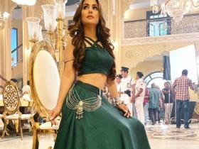 PHOTOS: Hina Khan looks scintillating in THESE lehangas and we cannot take our eyes off her