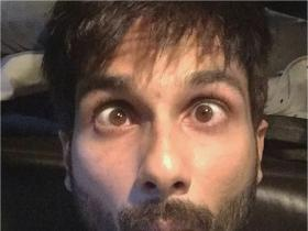 Shahid Kapoor's quirky side in THESE pics is unmissable; Check it out