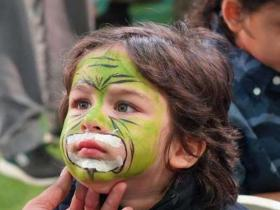Best of the Week: From Taimur Ali Khan's face painting photo to Anushka Sharma and Sonam Kapoor's selfie