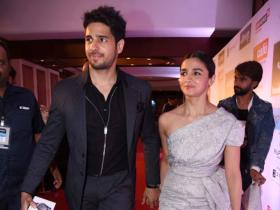 THROWBACK PHOTOS: When exes Alia Bhatt and Sidharth Malhotra's chemistry on red carpet won over the internet