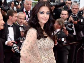 When Aishwarya Rai Bachchan walked the Cannes red carpet and her eye makeup stole the show