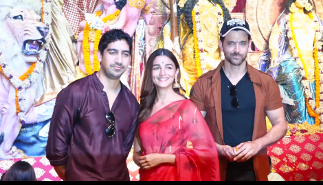 Hrithik Roshan, Alia Bhatt and others snapped at a Durga Puja pandal