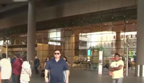 Spotted! Rishi Kapoor at Mumbai airport