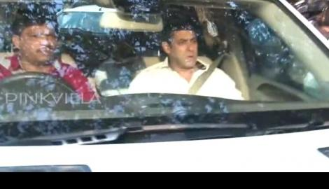 Salman Khan back home after Jodhpur court hearing