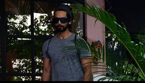 Shahid Kapoor gets snapped leaving the gym post a workout session with wife Mira Rajput