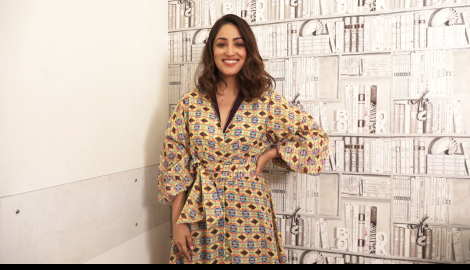 Yami Gautam looks stunning as she gets snapped in the city