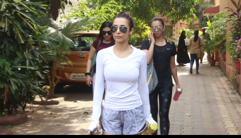 Malaika Arora gives us major fitness goals as she gets papped after her Yoga session