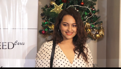 Sonakshi Sinha is a fresh ray of sunshine as she steps out in the city to attend an event
