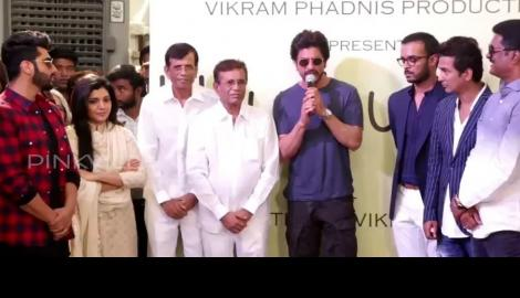 SRK and Arjun launch Vikram Phadnis' debut Marathi film!